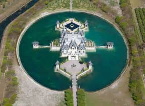 architect charles sieger s residence dreamy miami castle surrounded by a moat
