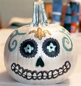 how to paint pumpkins vy varnish