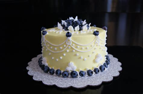 Blueberry Cake Decoration by Small Six Inch Lemon Cake With Blueberry Filling The