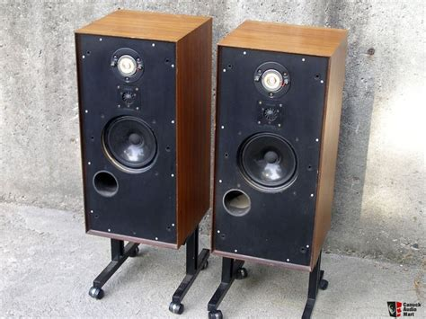 Rogers Monitor rogers monitor 2 loudspeakers photo 349920 canuck