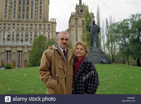 sean connery house the russia house 1990 sean connery michelle pfeiffer rsh 057 stock photo royalty