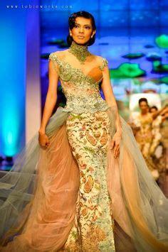 desain gaun anne avantie model dan desain gaun pesta batik model baju pinterest