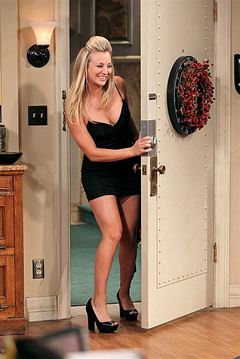 kaley cuoco as penny in quot the big bang theory quot hair spoiler commenti the big bang theory 6x11 quot the santa