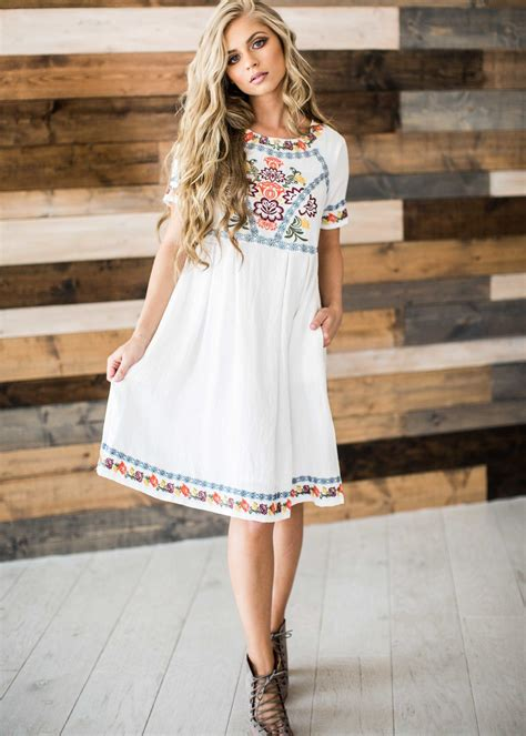 summer dressing style for thin women in printrest embroidered embroidered dress blonde hair mothers day