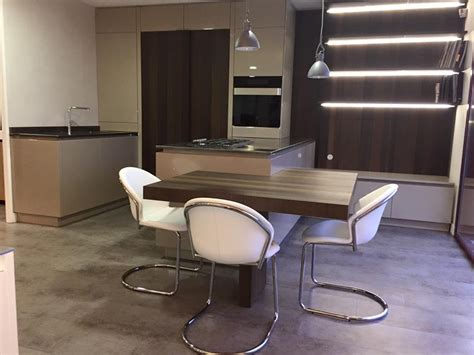 Ilot Central Avec Table by Showroom Cuisiniste Ancenis Nantes Riaill 233