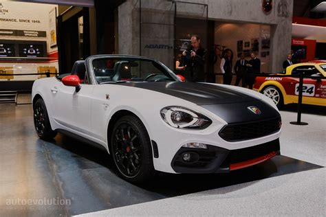 abarth 124 spider debuts in geneva with 170 hp scorpion