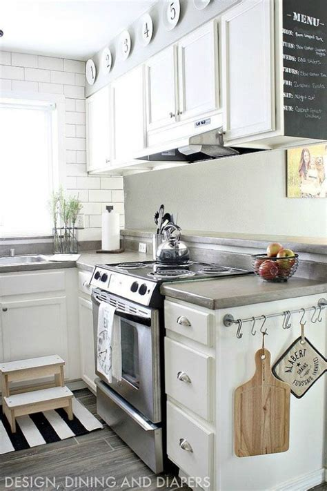 25 best ideas about rental kitchen on pinterest small apartment kitchen tiny apartment