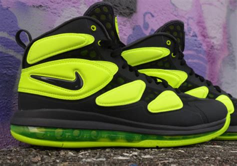 Nike Air Zoom Structure 18 628 by Nike Air Max Uptempo Zm Anthracite Volt Sneakernews