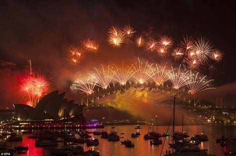 new year parade adelaide 2015