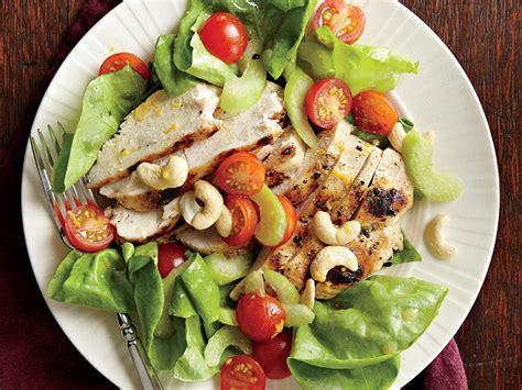 greek salad recipe with grilled lemon chicken culicurious greek grilled chicken salad