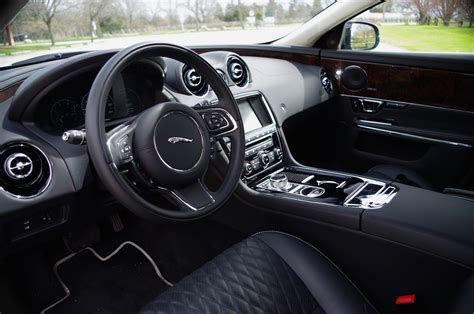 jaguar cars interior jaguar car xj interior pixshark com images