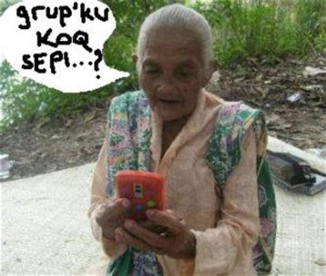 kumpulan meme grup sepi lucu kocak gokil terbaru buat dp bbm 2017