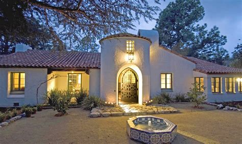 Courtyard Design by Michael Burch Architects Spanish Colonial