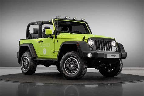 chrysler financial careers jeep heads to fully accessorised with trailhawk