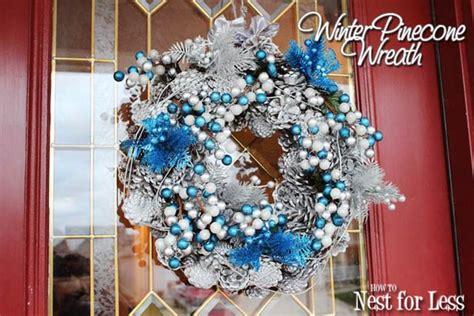 decorando arbol de navidad con lucy attic24 winter wreath inspiration