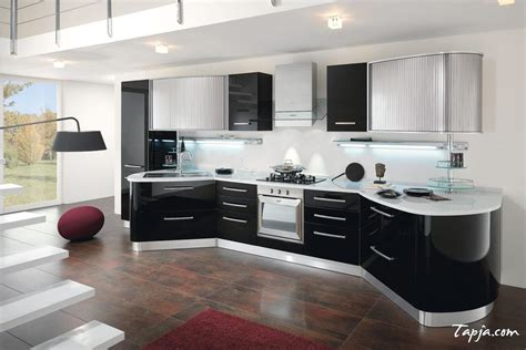 C Kitchen Designs Stunning Italian Modern Kitchen Design With Black Gloss Backsplash Nurani