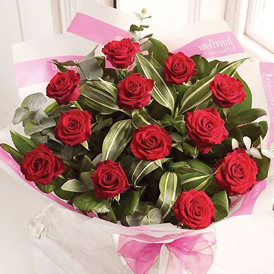 how to send flowers for valentines day send valentines flowers to depict the warmth of your