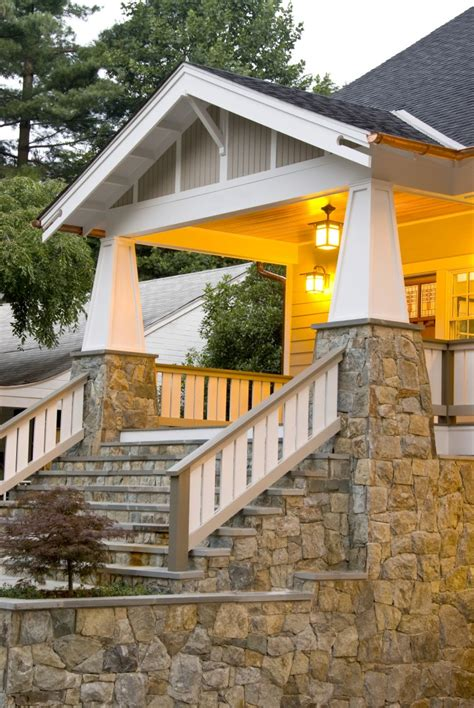 craftsman style house characteristics how to identify a craftsman style home the history types
