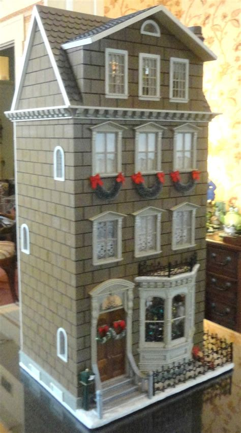 christmas dolls house dollhouse doll house pinterest
