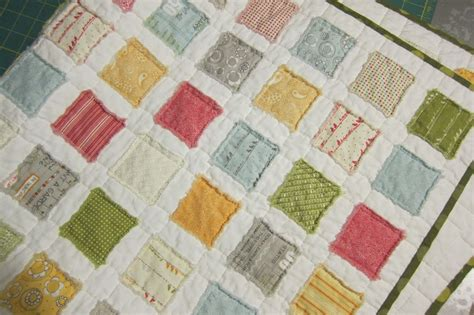 a maiden hair fern raggy squares baby quilt tutorial