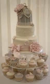 vintage wedding cakes i ll be his mrs wedding theme vintage