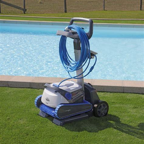 Merveilleux Robot Piscine Electrique #2: robot-piscine-electrique-dolphin-s300i.jpg