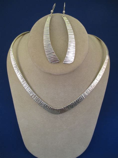 hammered sterling silver quot v quot collar necklace by duane