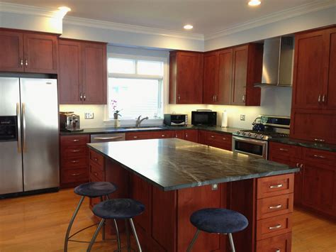 best kitchen flooring with cherry cabinets best paint with cherry cabinets best kitchen