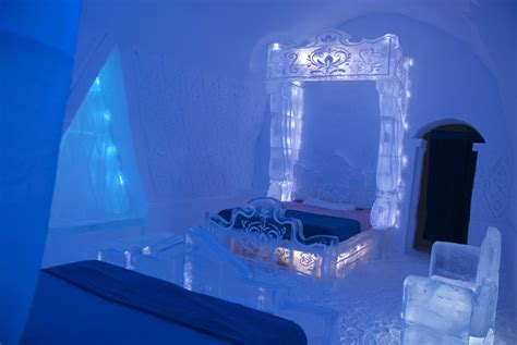 would you stay in a frozen themed room made of ice and