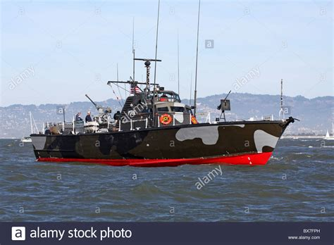 pt boat images vietnam era osprey class pt boat on san francisco bay