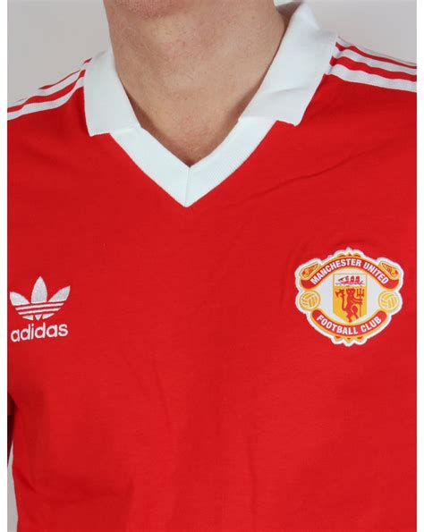 Jersey Retro Manchester United Home 2007 adidas originals manchester united retro jersey classic mens