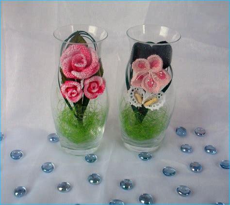 fiori con uncinetto fiori all uncinetto primule e calle in vasetto di