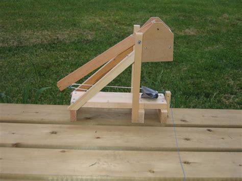 swinging counterweight trebuchet the hila trebuchet