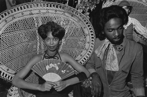 rarely seen photos spotlight the 1970s social scene of south side chicago huffpost