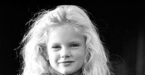 age of taylor swift taylor swift age 5 photos rare photos of taylor swift