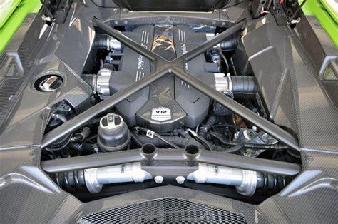 lamborghini aventador s roadster engine 2013 lamborghini aventador lp 700 4 roadster autoblog