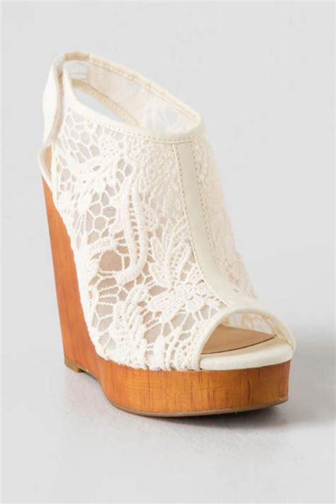 comfortable wedge bridal shoes 25 best ideas about bridal wedges on pinterest wedding