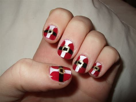 beauty makeup and more christmas nail art 20 beautiful