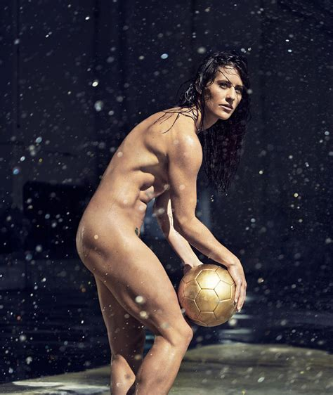 hot female athletes 2017 athletes expose their powerful bodies in espn body issue 2015