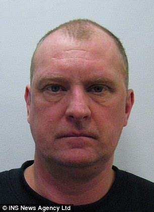 48 yr old man images tesco delivery man 48 who lured young girls by posing in