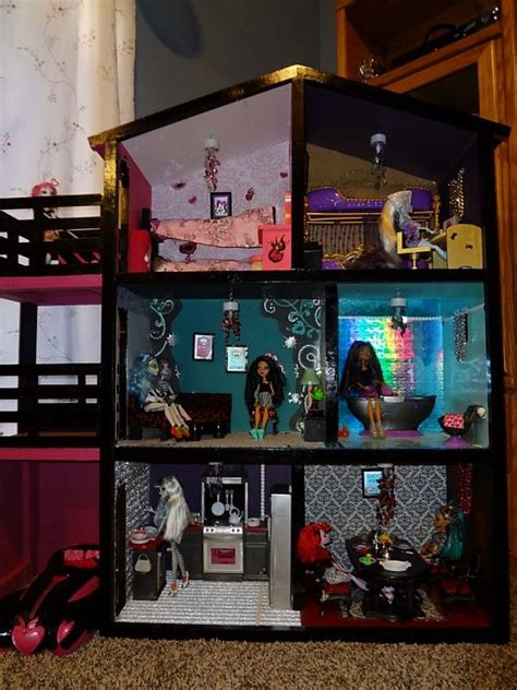 doll house for 2 year old monster high house i would gladly drop 100 on a doll house for my 11 year old why