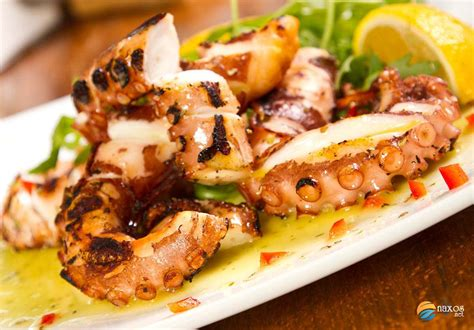 best foods to eat on naxos