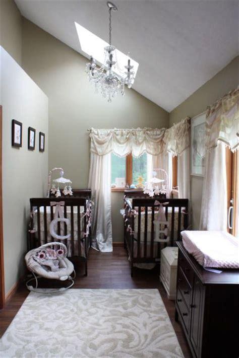 twin baby bedroom 25 best ideas about small twin nursery on pinterest