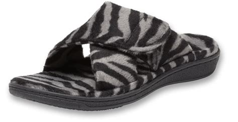 orthotic house slippers 301 moved permanently