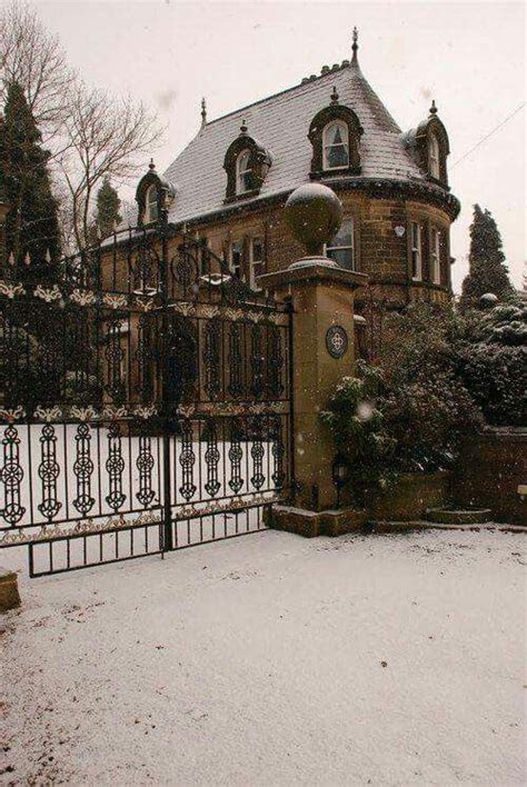 victorian gothic homes 647 best a gilded age mansions and cottages images on