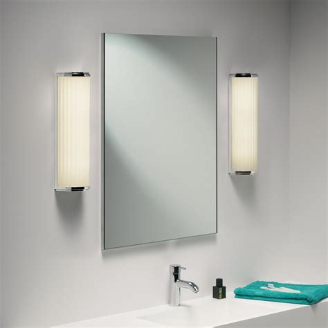 Vertical Bathroom Vanity Lights Lighting Style Ideas Ideas Style Vertical Vanity Lighting Funpantsmovie