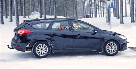 Ford Focus Wagon by 2018 Ford Focus Wagon Spied In The Snow Photos 1 Of 7