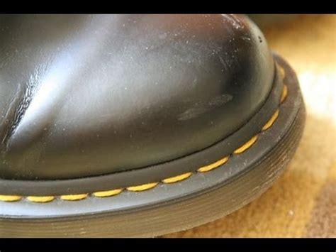 Berapa Sepatu Dr Martens Cara Membersihkan Jahitan Kuning Dr Martens With