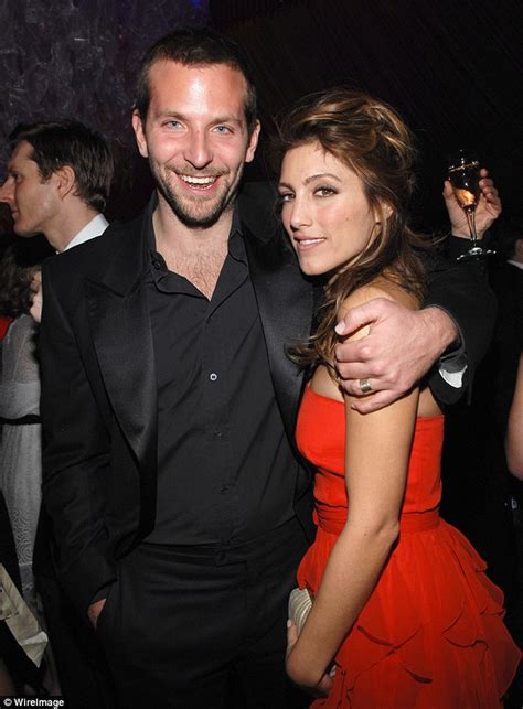 Esposito Files For Divorce by Bradley Cooper S Ex Esposito Weds Louis