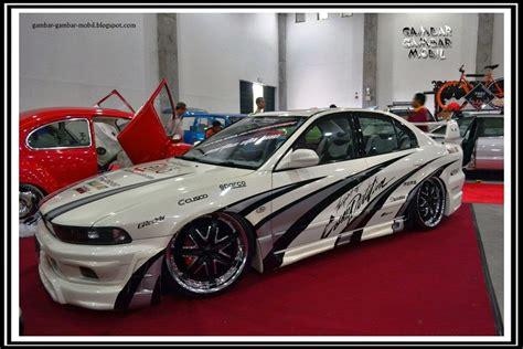 mobil sport lamborghini modifikasi gambar koleksi foto gambar mobil sport lamborghini